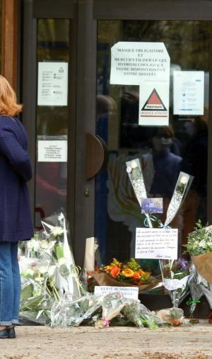 Après l'hommage national du 21 octobre, l'ensemble de la communauté scolaire française saluera la mémoire de Samuel Paty le 2 novembre.