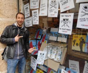 Pour les dessinateurs de BD comme Paul Cauuet, les libraires sont très importants pour se faire connaître.