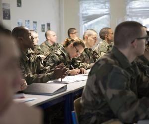 Cinq bonnes raisons de s'engager dans l'armée de Terre