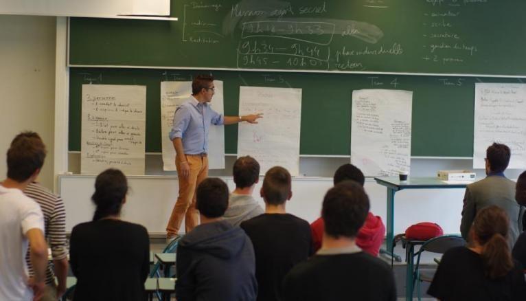 Université de Cergy-Pontoise - Étudiants en CMI systèmes intelligents et communicants.
