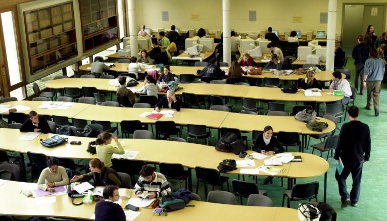 Trois épreuves composent le concours d'entrée à l'IEP de Bordeaux.