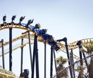 Les parcs d'attraction et de loisirs recrutent des étudiants pour les week-ends, les grandes et les petites vacances.