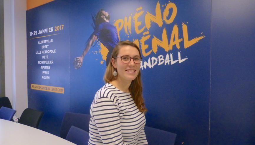 Passionnée de sport, Camille coordonne l'organisation du Mondial de handball 2017 qui a lieu en France. //©Assia Hamdi