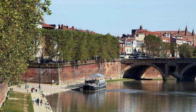 Le pont Neuf, à Toulouse.