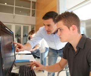 Pour les collégiens, la semaine école-entreprise est un premier aperçu du monde professionnel qui les attend dans quelques années.