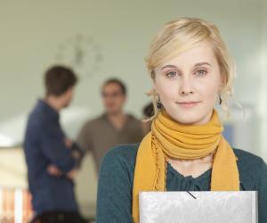 Si vous travaillez à côté de vos études, vous pouvez peut-être bénéficier du statut d'étudiant salarié.