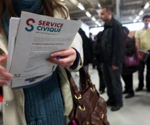 Jeunes a la recherche d'emploi, travail saisonnier. Job d'etudiant. Information sur le Service Civique Volontaire.