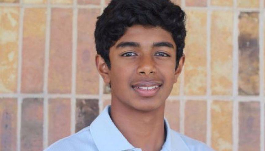 Krishna, 13 ans, a imaginé un programme mesurant le rétrécissement de la pupille dû à la consommation de drogues ou de médicamnts. //©Photo fournie par le témoin