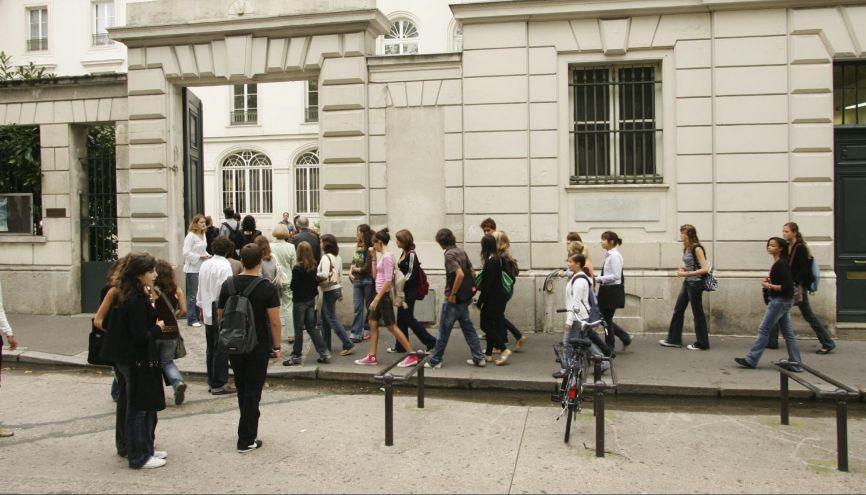Pour entrer dans le lycée de vos rêves, il vous faudra marquer des points. //©Nicolas TAVERNIER/REA - Sebastien ORTOLA/REA
