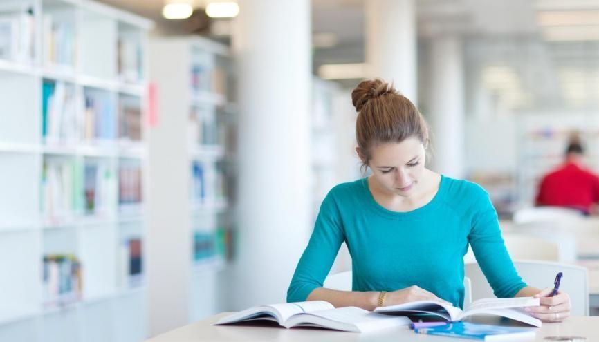 Les classes préparatoires aux grandes écoles sont réputées pour leur exigence. //©Adobe Stock/lightpoet