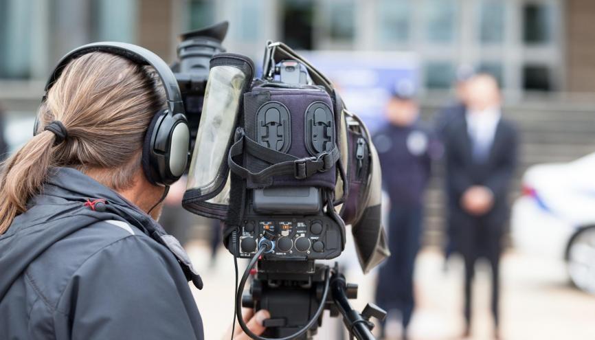La pandémie de coronavirus contraint les formations en journalisme à adapter leurs procédures de recrutement. //©Adobe Stock/wellphoto