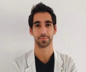 Anthony s'est formé en une dizaine d'années pendant ses études de médecine.