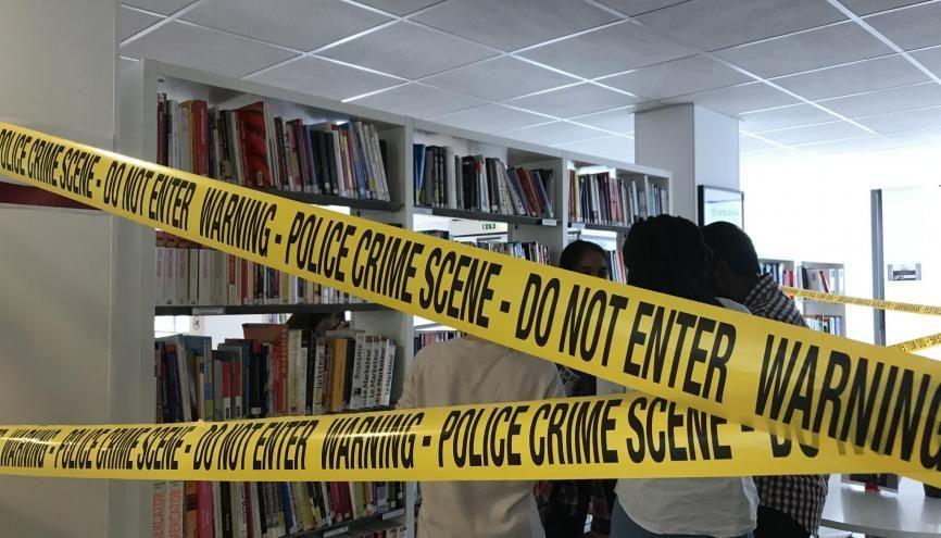"""La """"scène de crime"""" lors des murder parties de l'ISC Paris //©Dahvia Ouadia"""