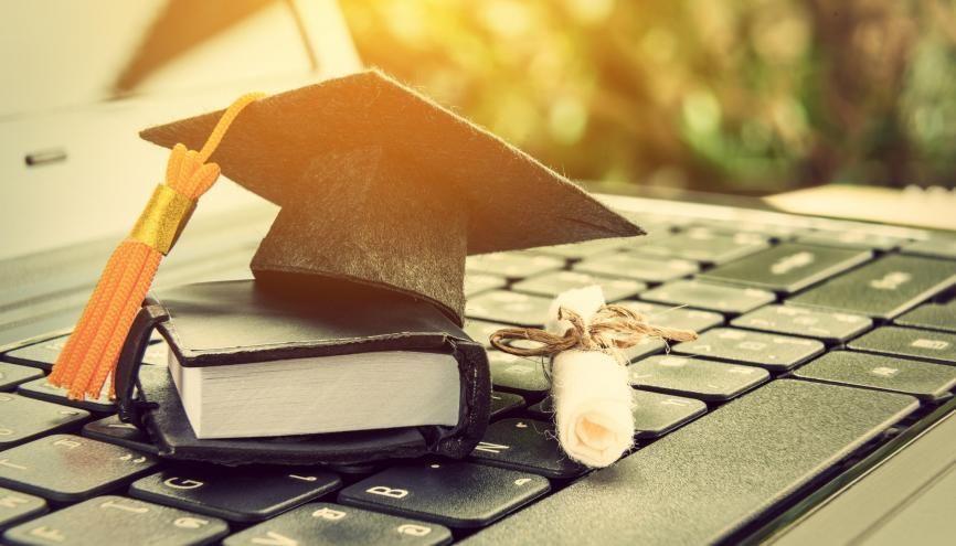 Le MBA permet de compléter sa formation ou de booster sa carrière. //©William W. Potter/Adobe Stock