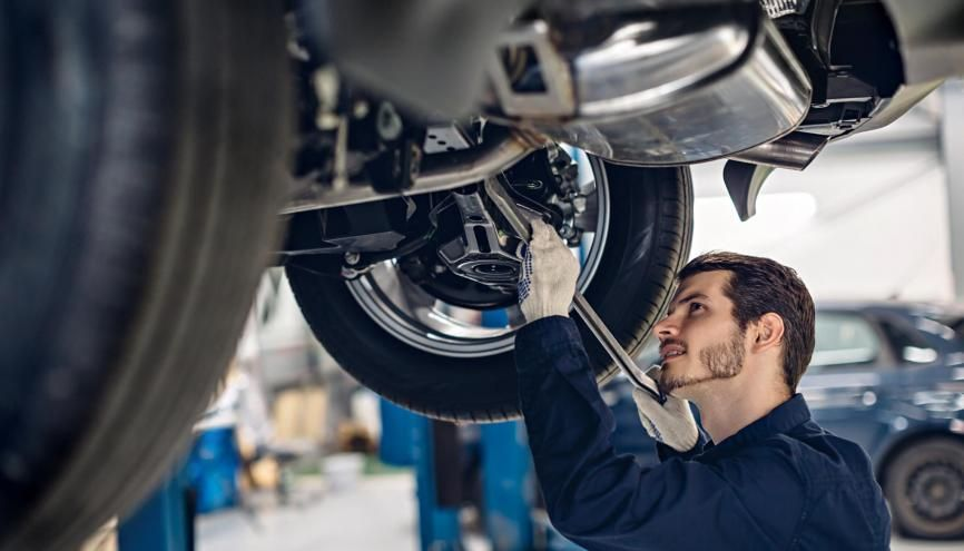 L'automobile est l'un des secteurs qui emploie le plus d'apprentis. //©Mr. Music / Adobe Stock