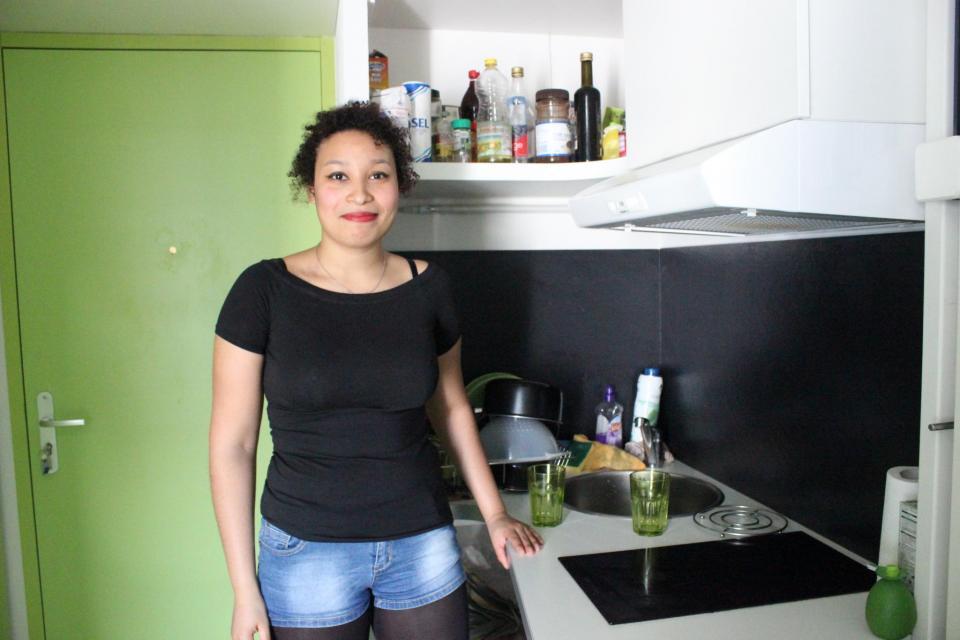 L'espace cuisine est petit, mais pratique. //©Delphine Dauvergne