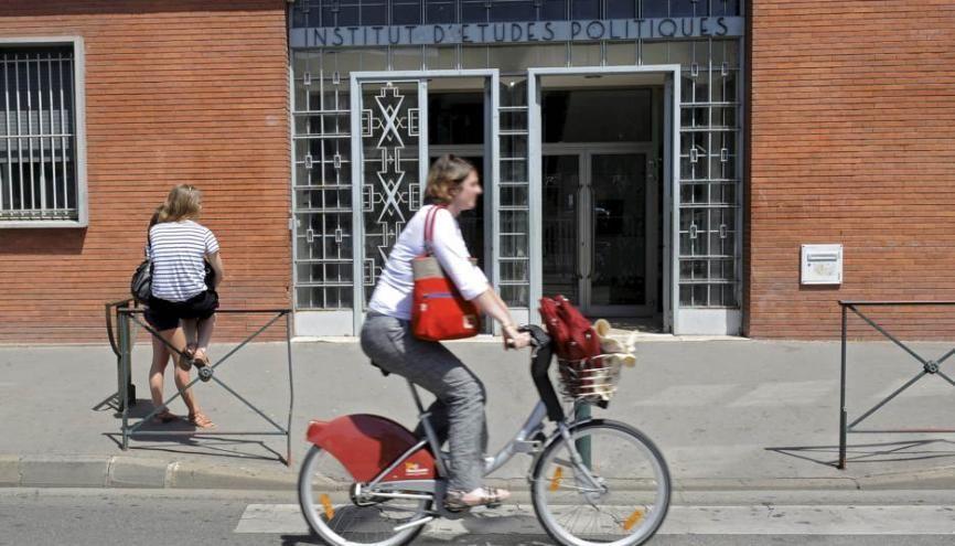 À l'IEP Toulouse, les élèves peuvent se former à la communication, au journalisme et à l'action publique. //©Lydie Lecarpentier/REA