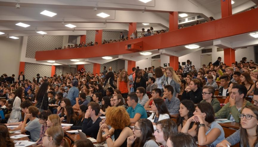 L'IAE de Paris 1 - Panthéon-Sorbonne donne la possibilité aux étudiants de suivre leur formation en alternance. //©Université Panthéon-Sorbonne