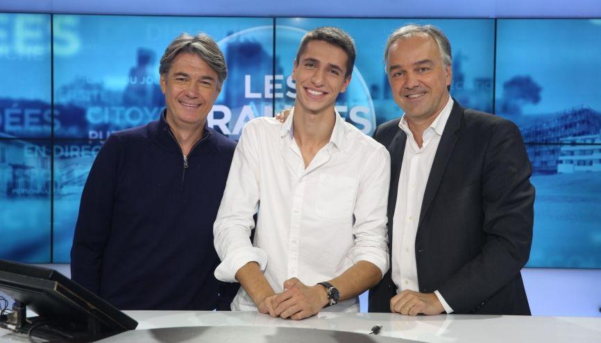 """Maxime Lledo, 19 ans, a remporté le concours qui lui permet d'être propulsé """"Grande Gueule"""" aux côtés d'Alain Marschall et Olivier Truchot sur RMC. //©RMC"""