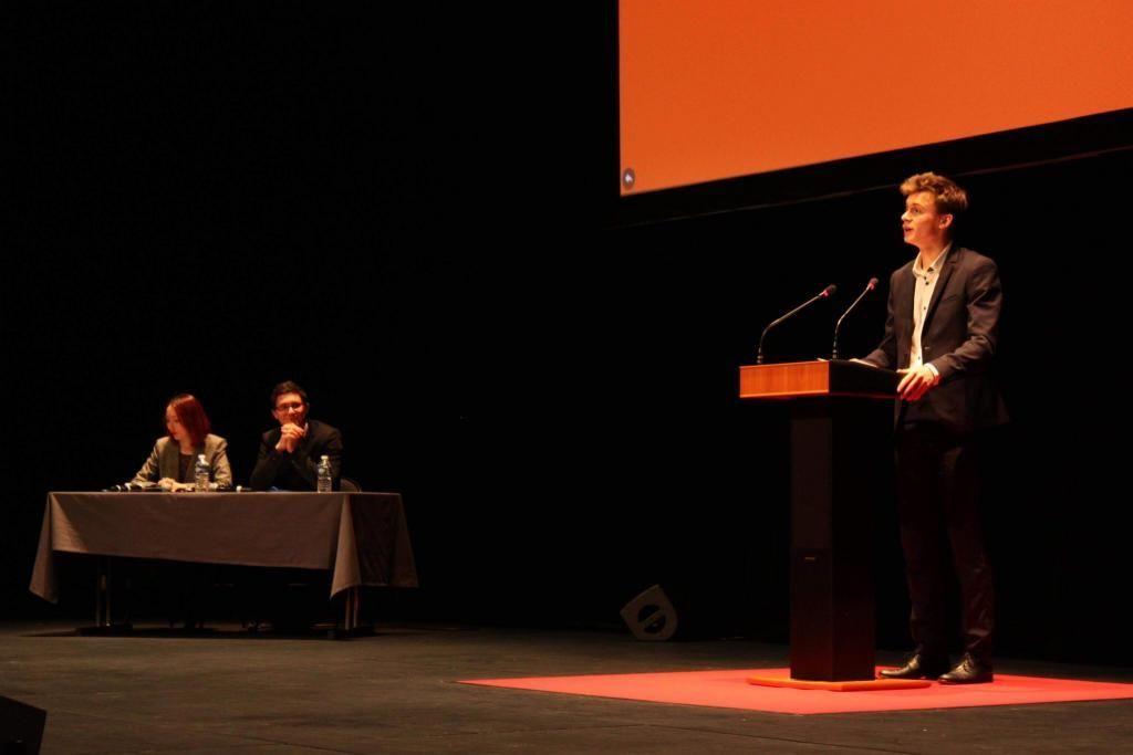 Martin, lors de sa plaidoirie au Prix Mirabeau 2018, concours d'éloquence annuel auquel participent des étudiants de tous les IEP de France. //©Déclics Sciences Po Lyon
