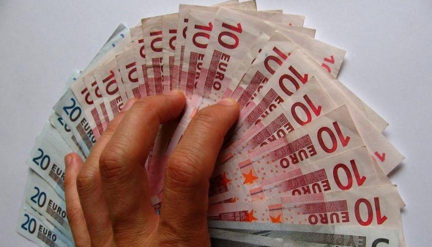 Vous pouvez toucher jusqu'à 900 € par an grâce à une mention très bien au bac ! //©l'Etudiant