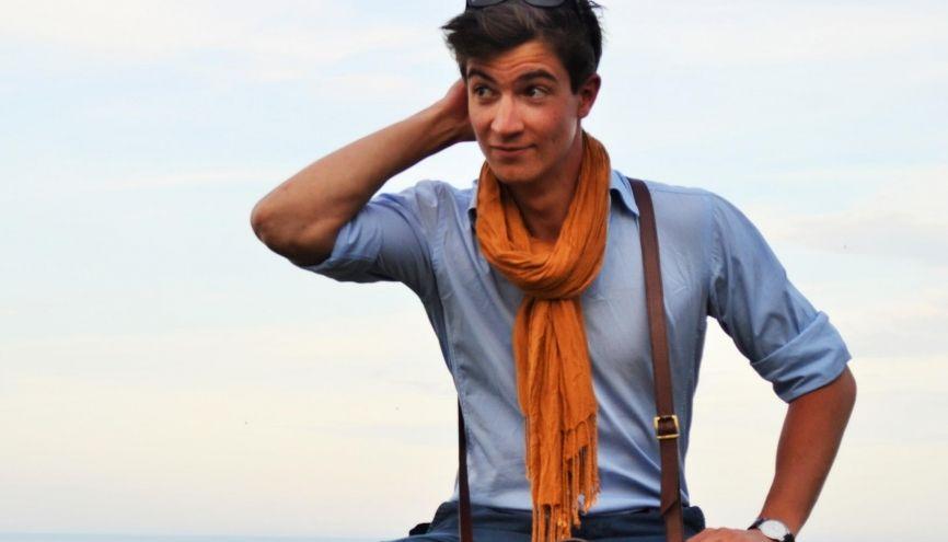 Adrien, créateur de la marque De Rigueur, fait partie des heureux étudiants entrepreneurs. //©Photo fournie par le témoin