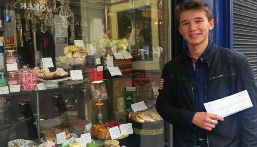 Rémy est passionné de pâtisserie depuis ses 14 ans. //©Catherine de Coppet pour l'Etudiant