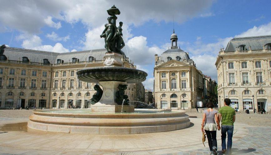 La place de la Bourse, à Bordeaux. //©Phovoir
