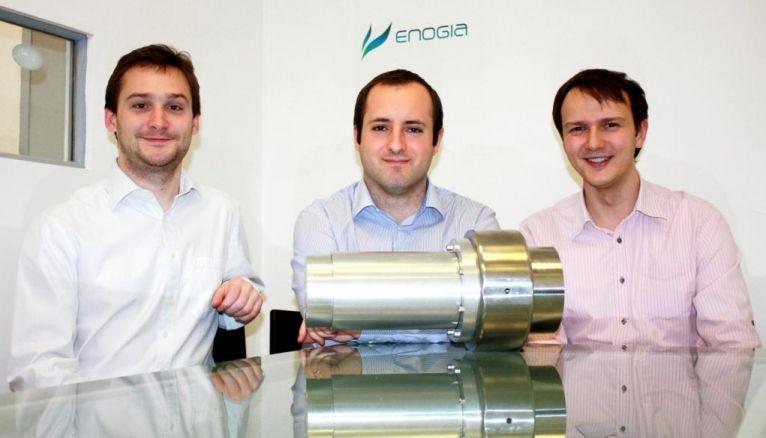 """Arthur Leroux (au centre), cofondateur d'Enogia : """"Arts et métiers Business Angels (AMBA) nous a apporté 135.000 €."""""""