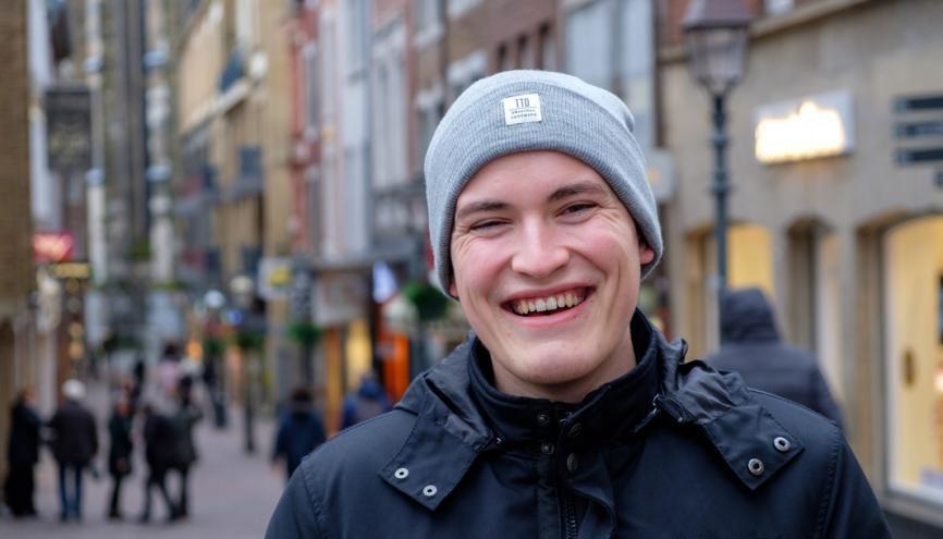 Alexandre, en Bachelor de commerce international, à l'IDRAC Business School, à Lyon, effectue un semestre à l'université des sciences appliquées d'Aix-la-Chapelle. //©Camille Delbos/Hans Lucas pour l'Etudiant