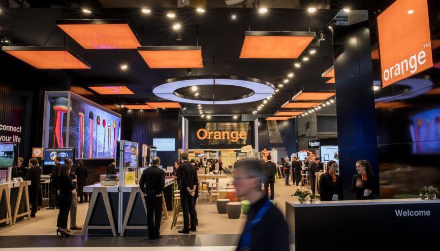 EN 20187 l'opérateur de télécoms Orange recrute sur 2.500 postes dont 900 dans le numérique et propose 2.500 postes en alternance //©Orange médiathèque