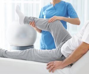 Le métier de masseur-kinésithérapeute exige 5 ans d'études minimum.