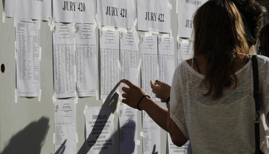 En raison de la crise sanitaire, les établissement devront dispatcher les affichages de manière à éviter la formation de groupes d'élèves trop importants. //©Stephane Mahe / REUTERS