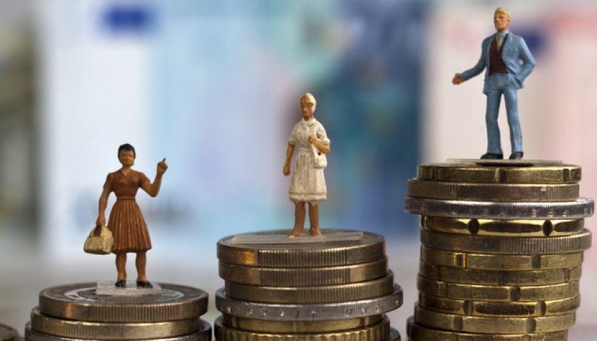 Renseignez-vous avant l'entretien sur les salaires pratiqués à votre poste et dans votre branche professionnelle. //©Fotolia