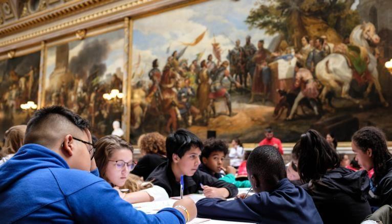 La galerie des Batailles du Château de Versailles a accueilli la finale de la Dictée pour tous.