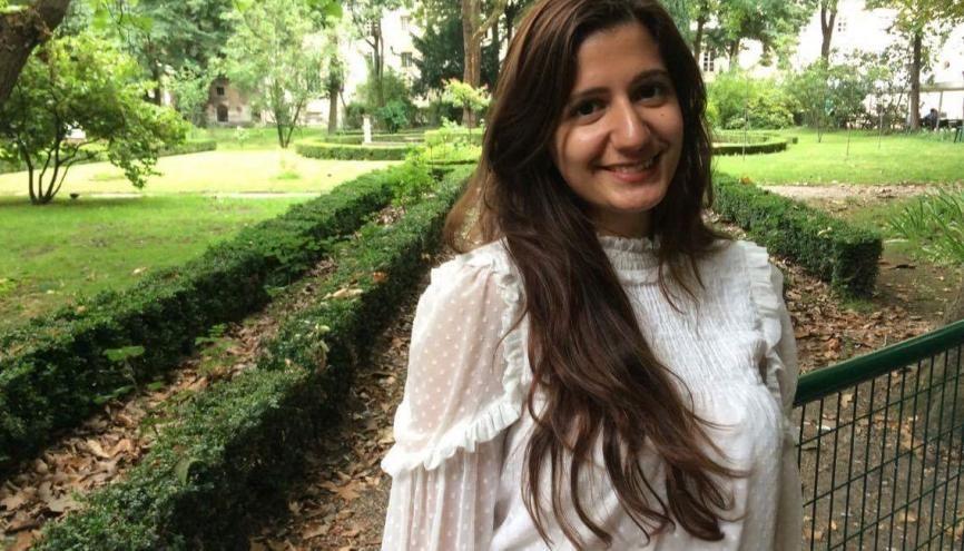 À l'Institut catholique de Paris, Farah étudie la théologie, l'anthropologie et la philosophie. //©Photo fournie par le témoin