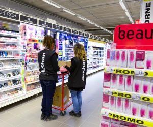 Dans les hyper et les supermarchés, plus de 20.000 contrats en alternance sont signés chaque année.