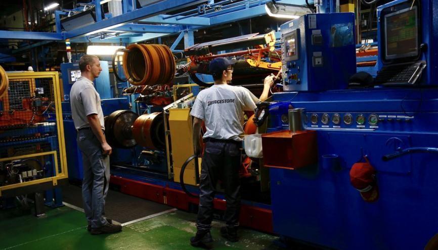 L'industrie tricolore reprend des couleurs et prévoit de recruter 250.000 personnes par an jusqu'en 2025. //©Ministère du Travail