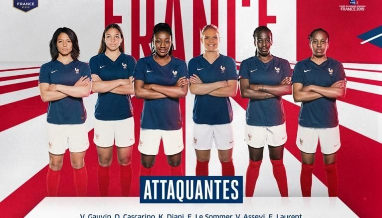 Les attaquantes de l'équipe de France féminine de foot ont toutes au moins le bac, voire entamé ou terminé des études supérieures.