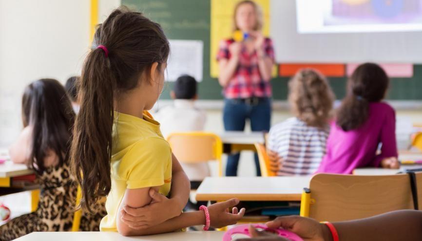 Le métier de professeur vous tente ? Vous pouvez postuler pour la préprofessionnalisation et effectuer des stages en classe dès la L2. //©Adobe Stock/Chlorophylle