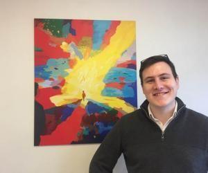 Après une licence de psychologie et une école de management Pierre, 25 ans, a trouvé sa vocation qui demande du respect et de l'écoute.