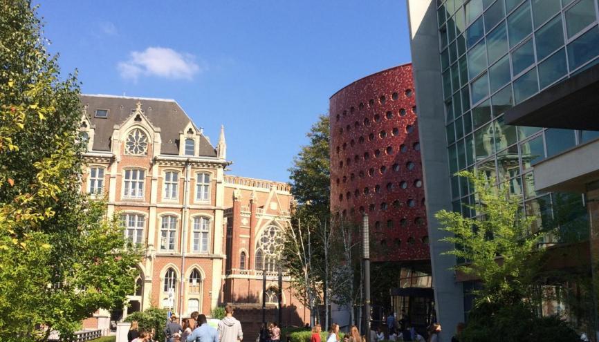 La Catho de Lille accueille 26.000 étudiants dans ses bâtiments pour la plupart de style gothique. //©UCL