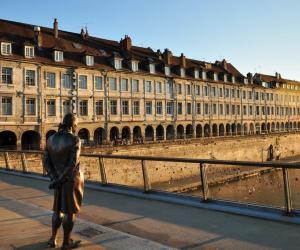 En étudiant à Besançon, vous pourrez profiter de plusieurs aides de la région.