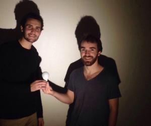 Jim Pasquet, 24 ans, et Yanis Lammari, 23 ans, sont étudiants à Toulouse Business School.