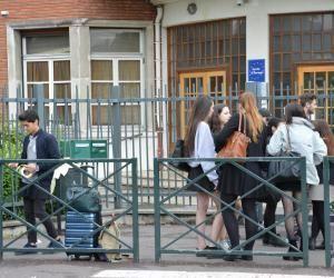 Au lycée Gustave-Monod, de nombreuses filles et quelques garçons ont mis une jupe pour lutter contre le sexisme.
