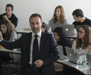 HEC Paris propose un MSc Strategic Management pour lequel l'école sélectionne des étudiants venant du monde entier.