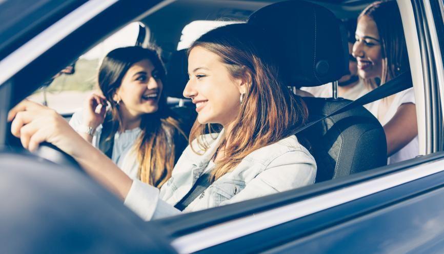 Permis : Quelle assurance auto choisir ? //©Fotolia