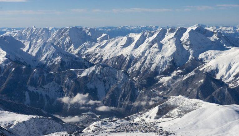 La montagne, un milieu magnifique et hostile, riche en professions pour passionnés.