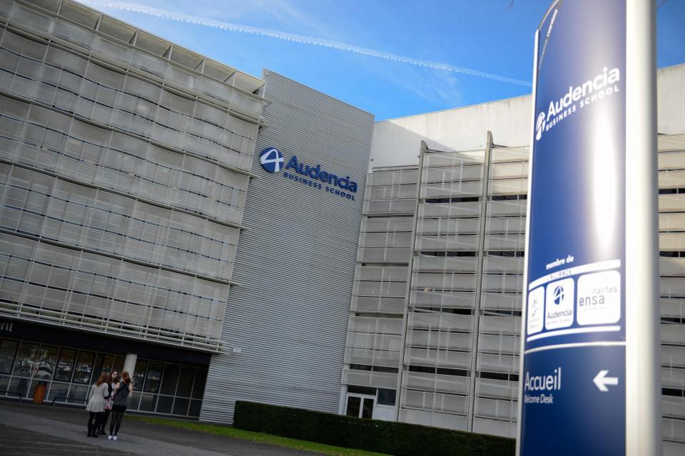 Le campus d'Audencia Business school situé au Nord de Nantes s'étend sur 23.000 m2 et accueille 3.470 étudiants issus de 84 pays,  dont  2.469 élèves au sein du programme grande école. //©F. Senard/Audencia Group