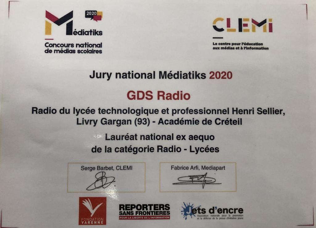 Le jury est composé de professionnels de l'information et de l'éducation, et est présidé par Fabrice Arfi, journaliste à Mediapart. //©Eva Talma
